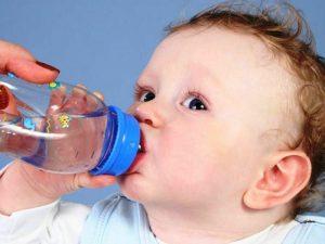 الجفاف عند الاطفال الاعراض والاسباب والعلاج