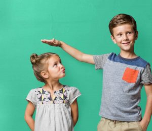 اسباب قصر القامة عند الاطفال